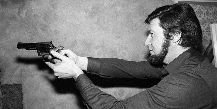 Jacques Mesrine - Gun